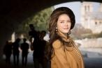 Lý Nhã Kỳ hóa quý cô thanh lịch, cổ điển trên phố Châu Âu