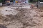Nghệ An: Lũ quét kinh hoàng, 9 ngôi nhà bị cuốn trôi