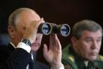 """Ông Putin lệnh doanh nghiệp Nga sẵn sàng """"lên dây cót"""" cho thời chiến"""
