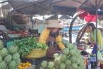 Lâm Đồng:  Mưa lớn kéo dài, rau củ Đà Lạt tăng giá chóng mặt