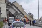 Chùm ảnh: Khung cảnh hoang tàn, đổ nát sau vụ sập cầu cao tốc ở Italy