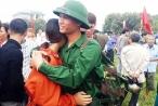 Những khoảnh khắc xúc động tại lễ tòng quân ở Nghệ An