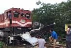 Audio Thời sự pháp luật Plus ngày 13/9: Xe tải bị tàu hỏa tông nát bét, tài xế thoát chết trong gang tấc