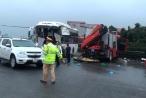 Một chiến sĩ cảnh sát PCCC tử vong trong vụ va chạm giữa xe cứu hỏa và xe khách