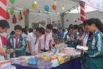 Học sinh hào hứng tham gia Hội sách Đất Tổ và Triển lãm ảnh nghệ thuật về quê hương Phú Thọ
