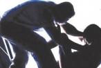 Khởi tố nam thanh niên ném ghế xuyên vào mắt vợ sắp cưới