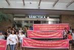Bản tin Bất động sản Plus: Hàng trăm cư dân Hòa Bình Green City 'đội nắng' đòi quyền lợi