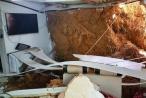 Lâm Đồng: Ngôi nhà bị sập giữa đêm, 4 người may mắn thoát chết