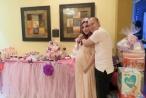 Tiết lộ những hình ảnh đầu tiên của con gái DJ Thuý Khanh