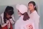 Xưng chị với lớp trên, nữ sinh bị vây đánh trong nhà vệ sinh của trường