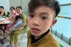 Bé trai 13 tuổi dùng chân làm phanh đạp xe từ Sơn La xuống Hà Nội thăm em