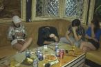 21 nam nữ phê ma tuý trong quán karaoke