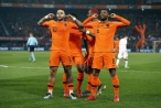 Vòng loại Euro 2020: 'Cơn lốc màu da cam' xé toạc ' Đôi cánh trắng'