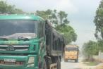 Thanh Hóa: Bức xúc tình trạng xe quá tải cày nát con đường vừa nâng cấp