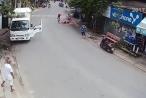 [Clip]: Hỗn chiến kinh hoàng giữa tài xế xe tải và người đàn ông tại cửa hàng tạp hóa