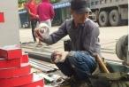 Hoa Vinh lên tiếng về bức ảnh chụp từ thời làm thợ xây: 'Tôi từng đi rửa bát, phụ hồ thì đã làm sao'