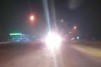 Báo động tình trạng bật đèn pha trong phố
