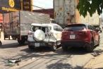Bình Dương: Ô tô 'điên' tông hàng loạt phương tiện, 2 vợ chồng bị thương