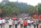 Giỗ Tổ Hùng Vương 2018: Dòng người đổ về cội nguồn trong thời tiết oi bức