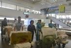 Vietnam Airlines hỗ trợ vận chuyển hàng cứu trợ đồng bào lũ lụt Yên Bái và Sơn La