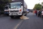 Bình Dương: Một nữ công nhân bị xe tải cán tử vong, thi thể mắc kẹt dưới bánh xe