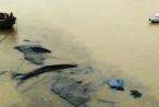 Tai nạn liên hoàn trên biển, một xà lan chở hơn 1.000 tấn than bị chìm
