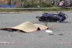 Bình Dương: Xe máy tông thẳng vào ô tô, 1 người tử vong tại chỗ