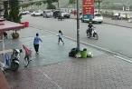 [Clip]: Tiếp tục ngỡ ngàng trước tình huống lùi xe 'thần thánh' của nữ tài xế Mazda CX5