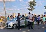 Truy tìm 2 đối tượng dùng dao cứa cổ tài xế taxi