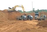 """""""Công ty Lam Sơn - Sao Vàng lợi dụng cải tạo để khai thác đất trái phép"""": Phải chăng có sự bảo kê?"""
