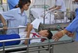 Hơn 80 học sinh ở Long An và Bình Dương nhập viện sau bữa ăn