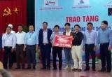 Công Phượng tặng 300 tấn xi măng cho quê nhà trước ngày đi Hàn Quốc