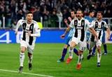 Ronaldo lập hattrick, Juventus thẳng tiến tứ kết Champions League