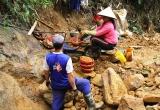 Lấy hàng chục tỷ ngân sách để đóng cửa mỏ vàng Bồng Miêu: Đúng luật (?!)