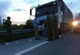 Hà Nội: Ngang nhiên không chế cướp tài sản của lái xe trên đại lộ Thăng Long