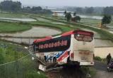 Thông tin mới nhất về vụ xe khách nổ lốp trên cao tốc Nội Bài - Lào Cai