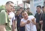 Quảng Ninh: Bắt đối tượng Trung Quốc 'rình' khách đi ngân hàng để trộm cướp