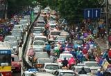 """Tầng lớp trung lưu """"trỗi dậy"""", dân Việt ồ ạt đổ tiền mua ô tô"""