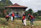 Lạng Sơn: Hơn 100 tình nguyện viên Vietnam Travel Group tham gia thu gom rác
