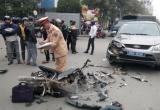 Thanh Hóa: Va chạm xe ô tô biển xanh, một người nhập viện
