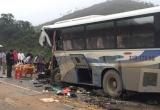 Thanh Hóa: Xe khách tông xe tải, 14 người thương vong