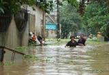 10 người chết và mất tích do mưa bão số 4