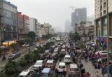 Các tuyến đường vào nội đô 'tê liệt' khi thời tiết chuyển mưa phùn