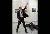 Ảnh chụp đại sứ Nga bị ám sát giành giải Ảnh Báo chí của Năm