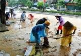 Phòng dịch bệnh sau lũ: Nước rút đến đâu, vệ sinh môi trường đến đó
