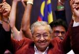 Malaysia có tân thủ tướng lớn tuổi nhất thế giới