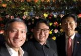 """Ảnh """"tự sướng"""" của ông Kim Jong-un gây """"bão"""" mạng"""
