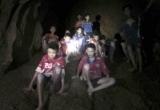 Hình ảnh đầu tiên của đội bóng Thái Lan sống sót thần kỳ sau 9 ngày mắc kẹt