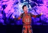 Tùng Dương khóc 'Oa oa'khi nhắc tới bạn đời và con trai trên sân khấu