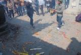 Nghệ An: Đền Cờn ngập trong rác ngày đầu xuân